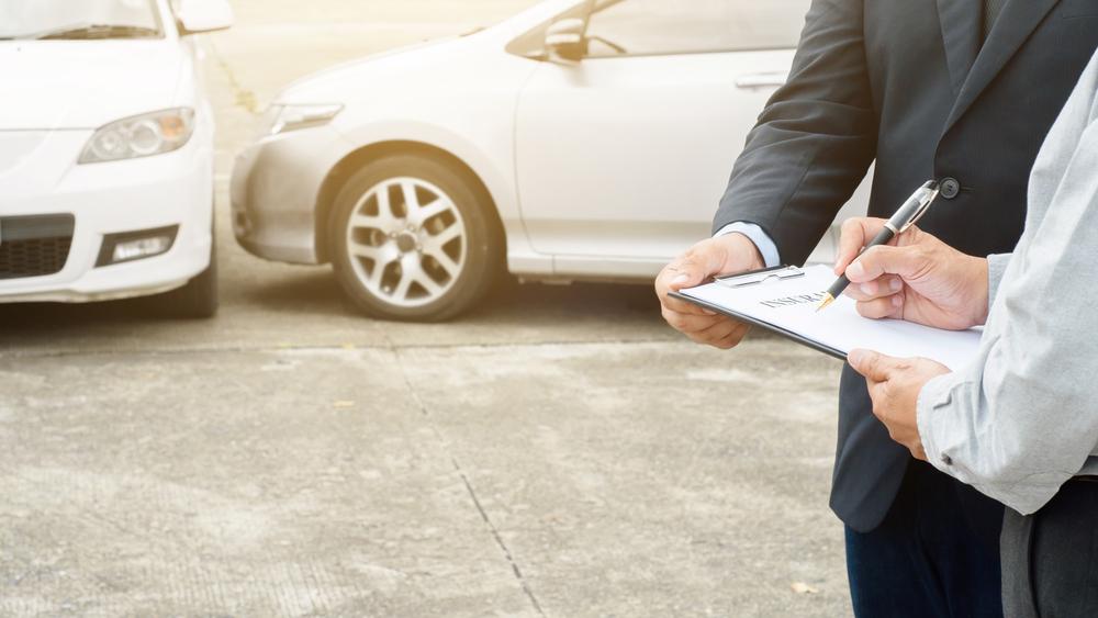 Dalende verkoopcijfers in Europese autobranche houden aan