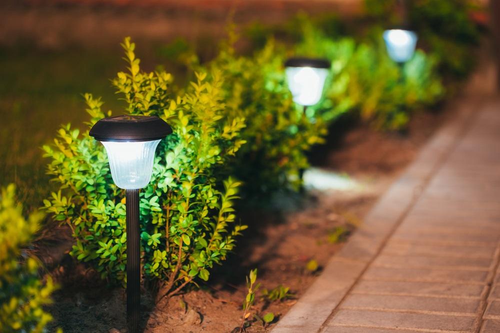 3 voordelen van solar tuinverlichting