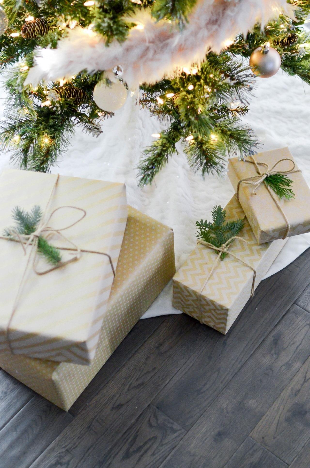 Zo ziet het kerstpakket van 2021 er uit voor Tilburgers